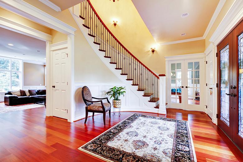 温馨带楼梯家装客厅效果图