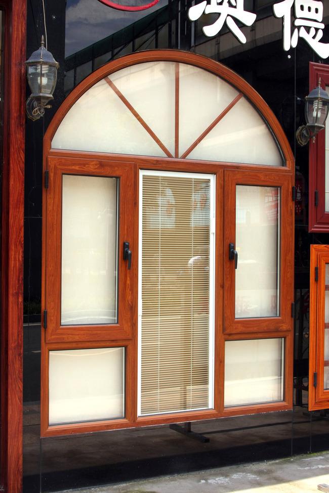 欧式别墅窗户