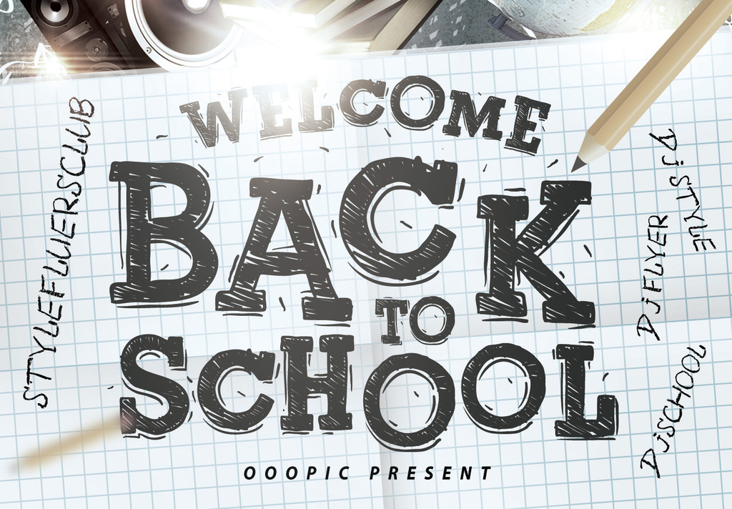 手绘涂鸦校园开学迎新活动创意海报模板