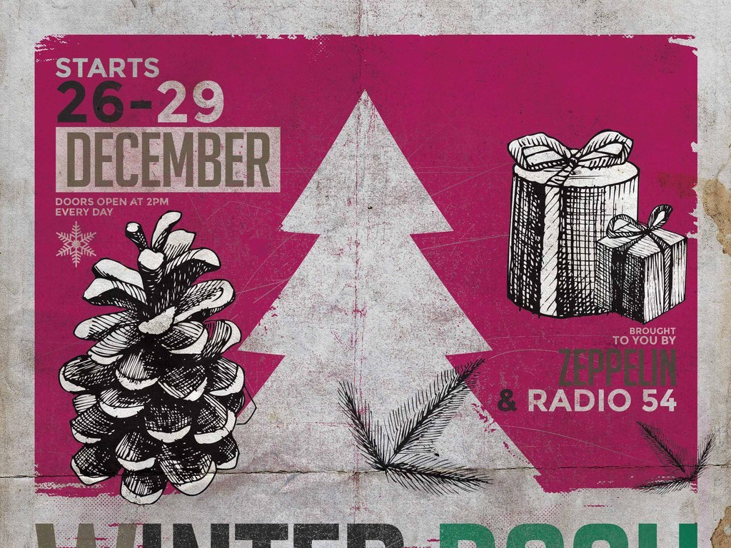 怀旧文艺创意手绘松塔冬季圣诞节活动海报