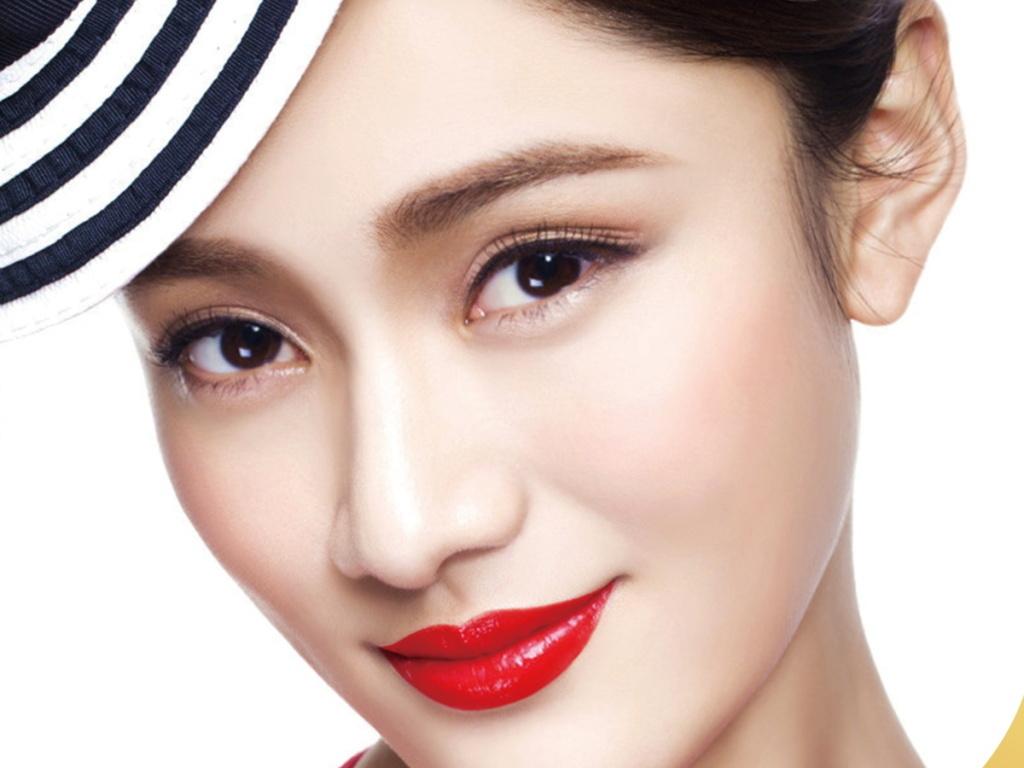 韩式半永久定妆纹绣海报设计模板