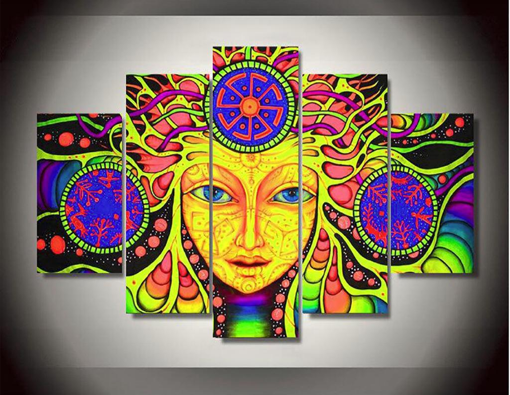 装饰画 其他装饰画 人物装饰画 > 手绘彩色佛教圣母  版权图片 素材