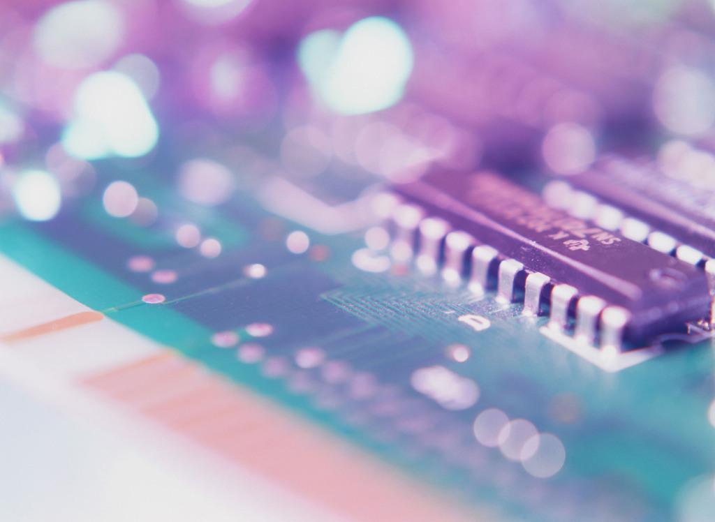电器端口电器元件电路板内存条网线光纤通信电路线路
