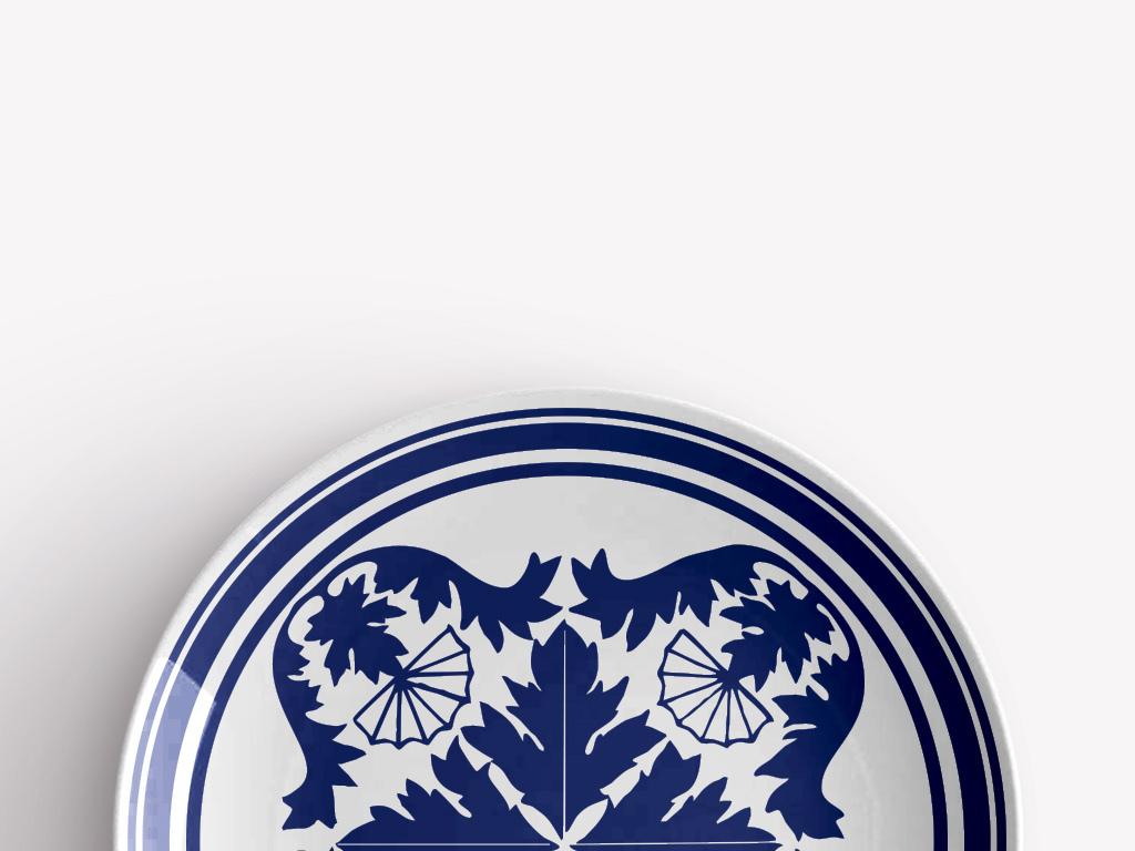 中国青花瓷手绘扇子花朵瓷盘图案