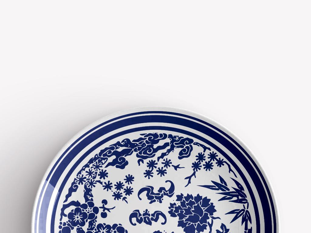 中国传统松鹤梅花青花瓷圆盘