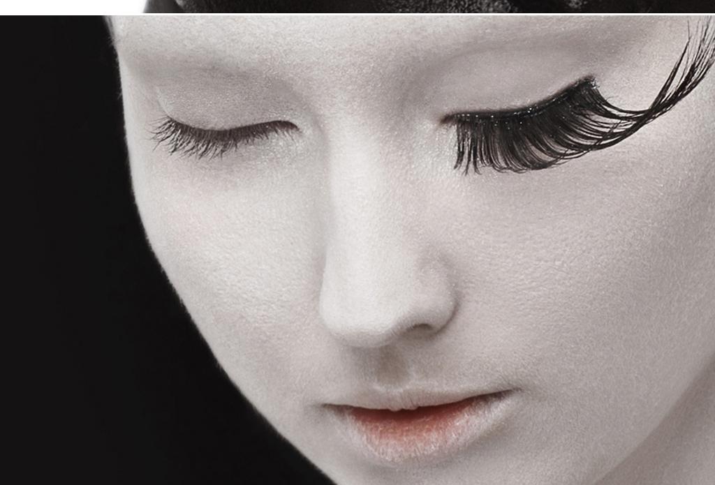 北欧极简黑白人物艺术人体摄影玄关酒店挂画